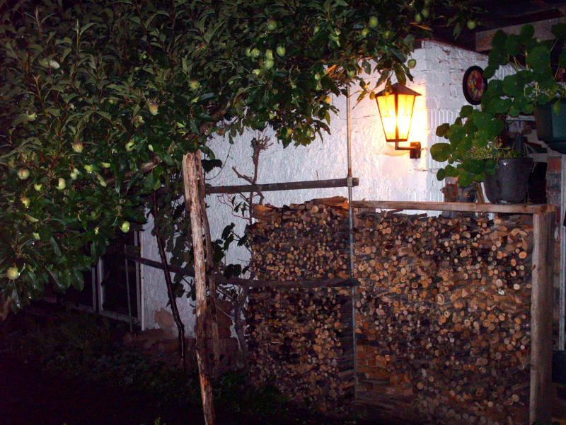 Beleuchtung Kaminholzlager