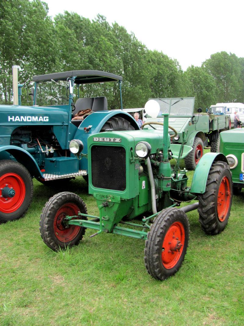 Traktor Garten
