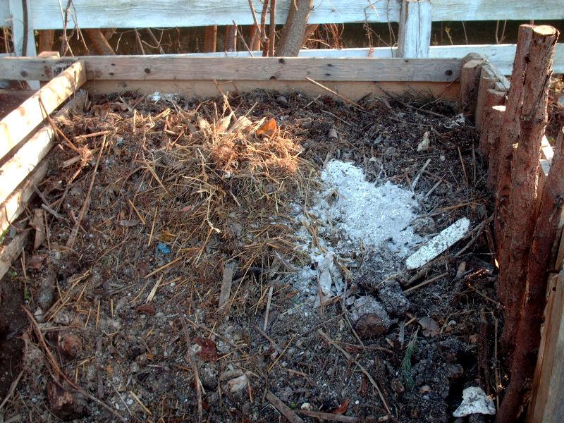 Kompost Steinmehl