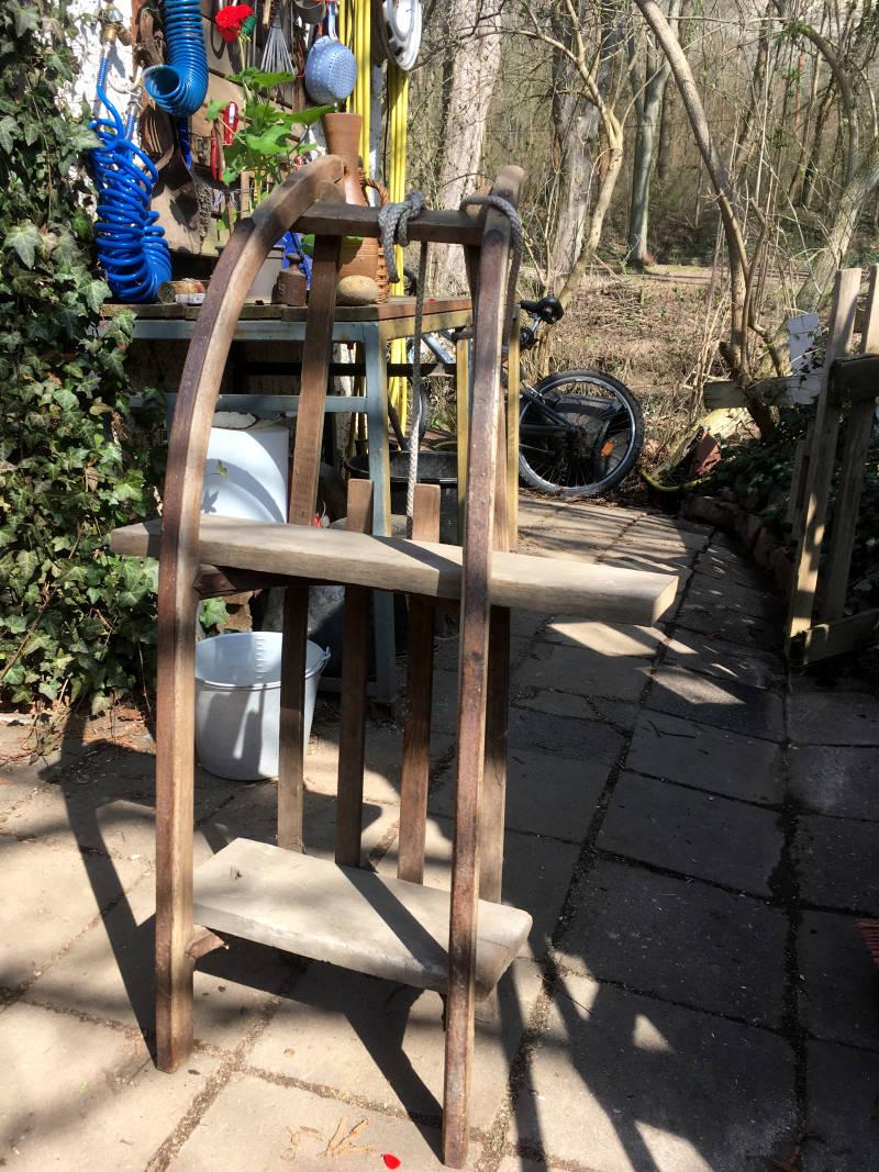 Schlitten Regal bauen