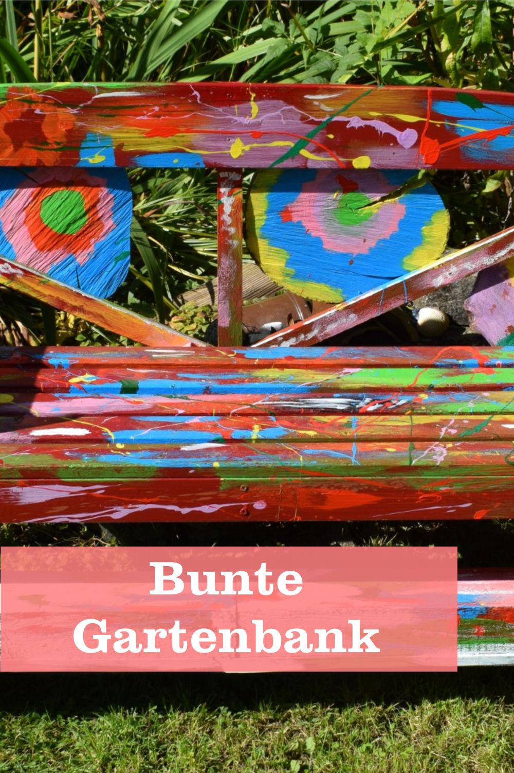 Bunte Gartenbank