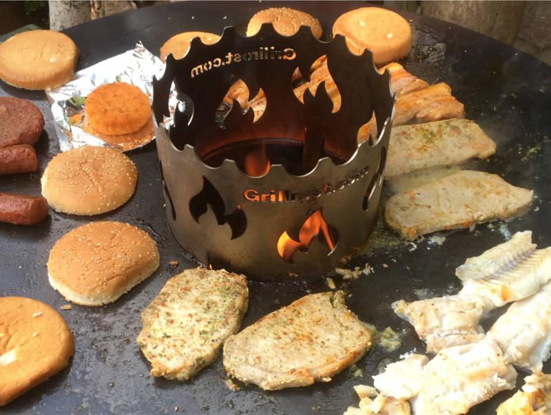 Grillen mit der Feuerplatte