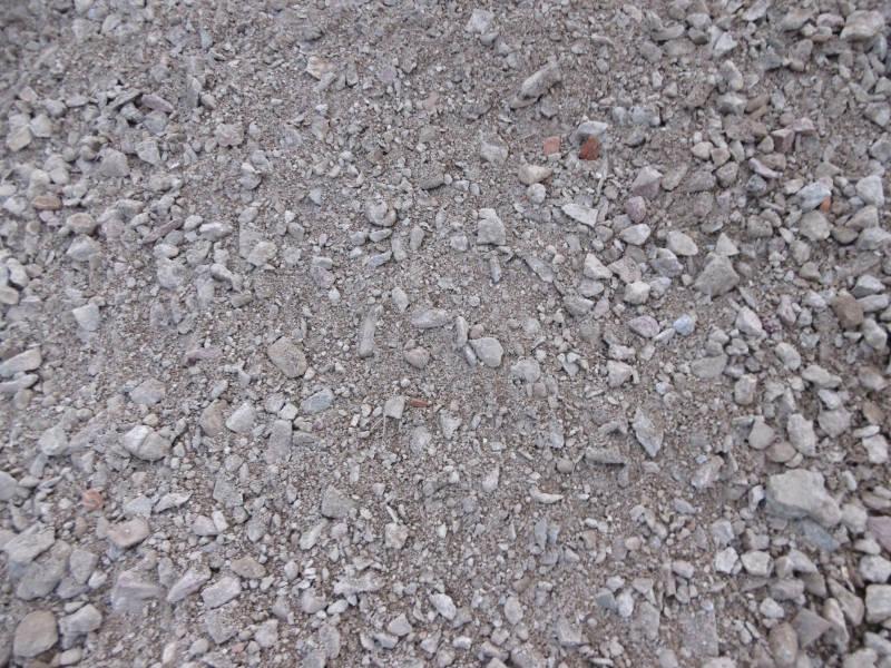 Mineralgemisch im Garten verwenden