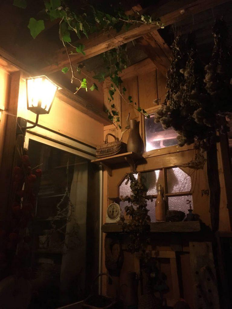 Beleuchtung am Gartenhaus